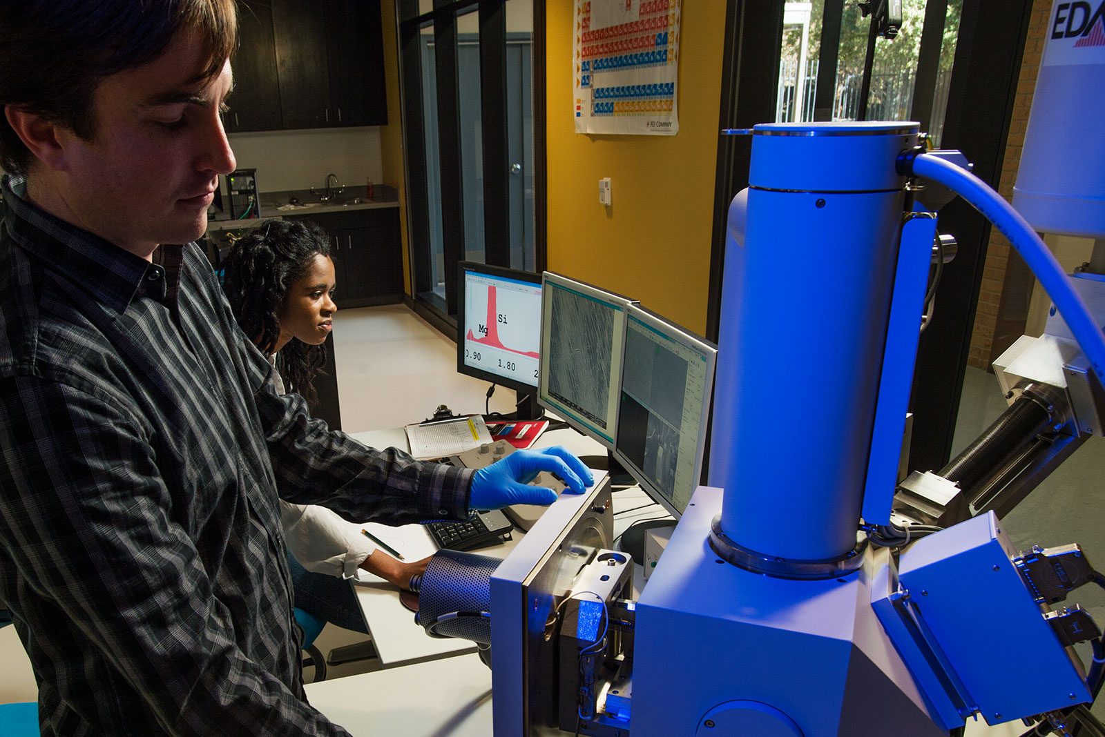 Student researchers in lab
